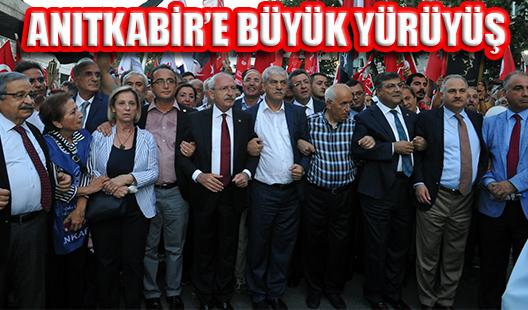 CHP 'ZAFER BAYRAMI'NI ANITKABİR YÜRÜYÜŞÜYLE KUTLADI