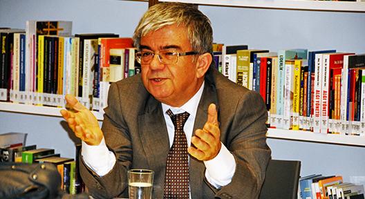 TIP BAYRAMINDA PROF. DR. AHMET RASİM KÜÇÜKUSTA MSKM'DE