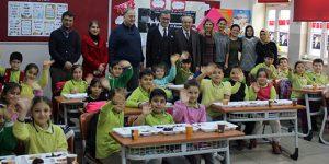 Kaymakam Ertaş Ataşehir'deki Okulları Ziyaret Ediyor
