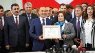 İzmir Büyükşehir BB Tunç Soyer Mazbata Aldı Göreve Başladı
