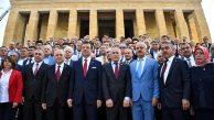 İBB Başkanı İmamoğlu, Belediye Başkanları Anıtkabir'de