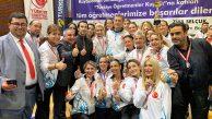 Türkiye Şampiyonu Ataşehir Öğretmenlerine Kupayı Bakan Verdi