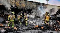 Çatalca'da Çıkan Fabrika Yangınında Maddi Hasar