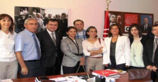 Ataşehir Ak Parti'den CHP'ye Bayram Ziyareti