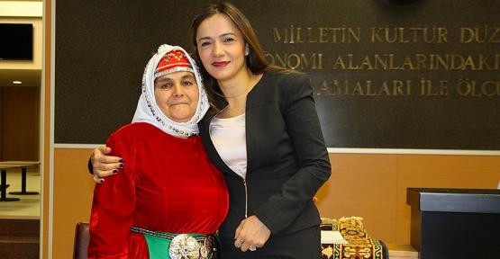8 Mart kutlamaları Ataşehir'de devam ediyor