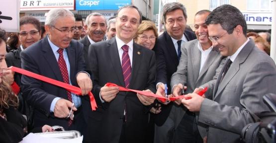 CHP Ataşehir'de Mahallelere İniyor