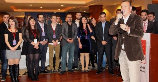 CHP Ataşehir Gençleri Dayanışma Gecesi Düzenlendi