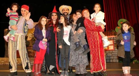 Ataşehir Çocuk Tiyatroları Festivali Perdelerini Kapadı